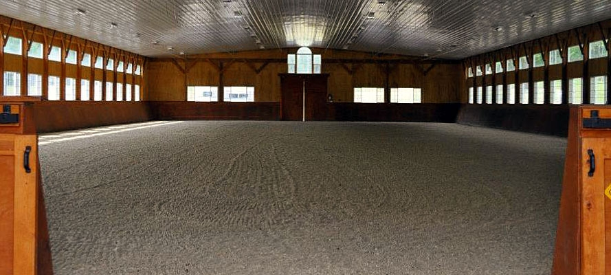 Code-four-show-stables-1